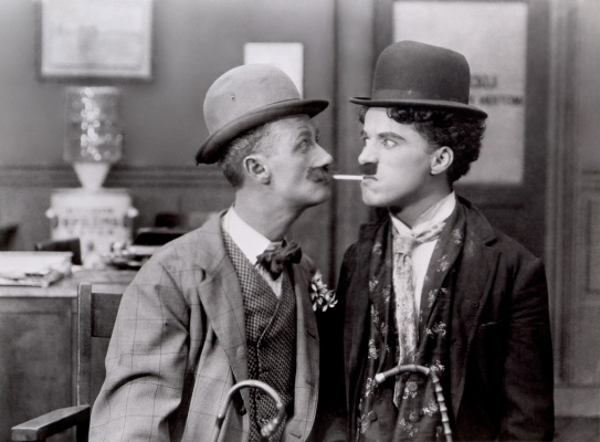 chaplin-charlie-his-new-job_01